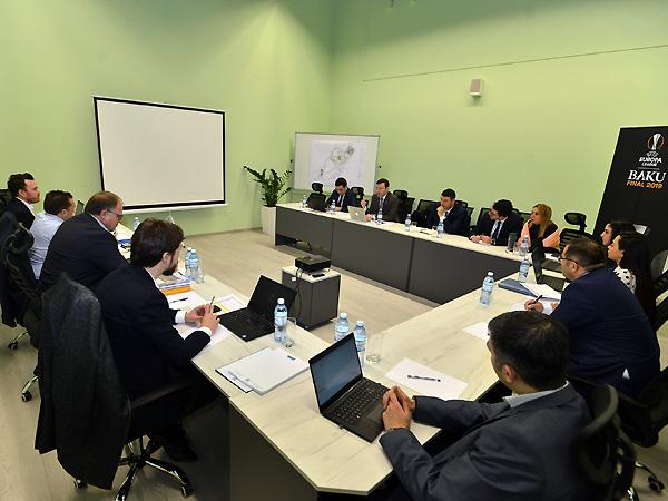 Elxan Məmmədov UEFA-nın nümayəndələri ilə görüşdü